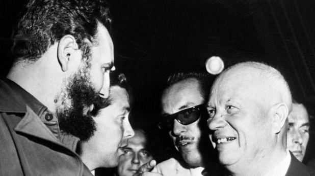خروتشوف وكاسترو في هافانا