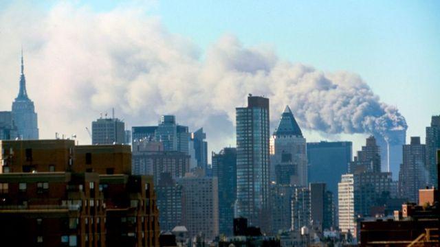 알카에다는 2001년 뉴욕의 세계 무역 센터를 공격한 9·11테러를 주도한 것으로 유명하다