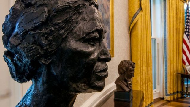 A bust of Rosa Parks and another of Abraham Let's be in President Biden's office