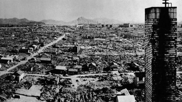 Hiroshima ka dib markii lagu dhuftay atomic bomb