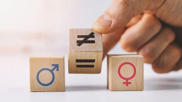 Dados que representan el género masculino y femenino