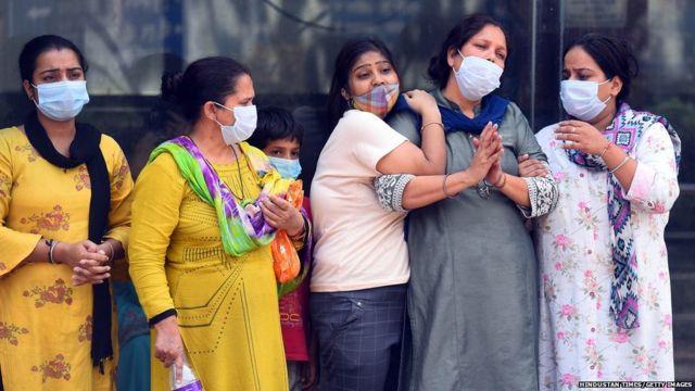 कोरोना महामारी की दूसरी लहर, क्यों बरपा भारत पर इतना क़हर? - BBC News हिंदी