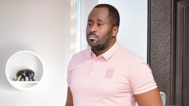 Desmond Elliot: Why Nigerian lawmaker and nollywood actor name no gree comot youth dia mouth for social media - BBC News Pidgin