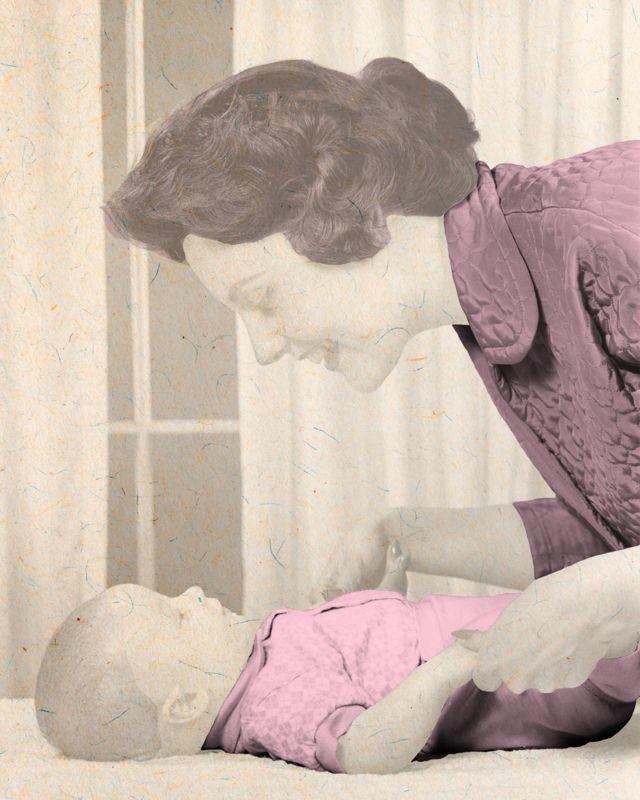 Annelerin kız çocuklarıyla daha fazla konuştuğu, bu durumun erken konuşmaya etki ettiğine yönelik bulgular var.