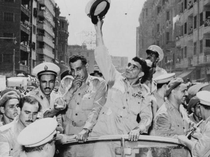 عبد الناصر ومحمد نجيب