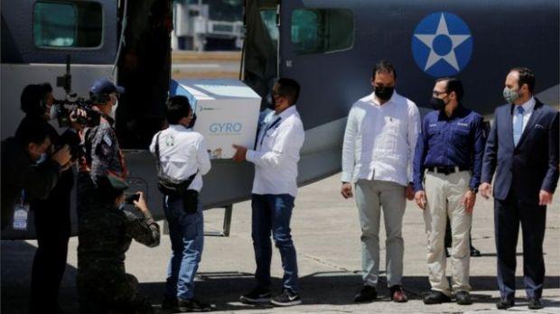 Llegada de vacunas a Guatemala