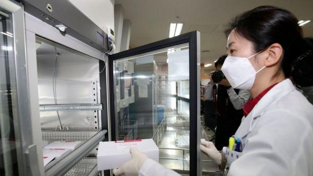 화이자 백신이 75세 이상 노인 접종에 투입된다