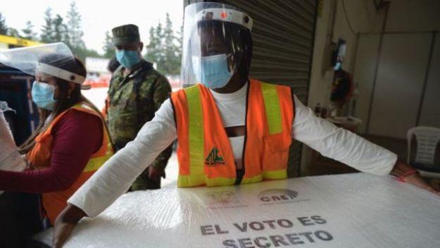 Elecciones Ecuador 2021 | Arauz vs Lasso: el duelo entre el correísmo y la  derecha por la presidencia - BBC News Mundo