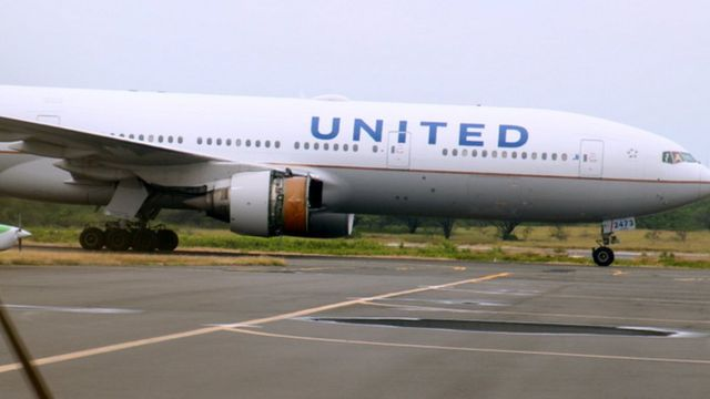 United Airlines flight N773 at Honolulu International Airport, Hawaii, after losing engine cowling during flight - 13 February 2018