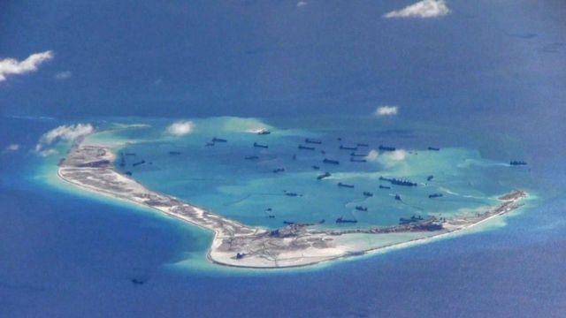"""卫星图片""""显示美济礁新变化"""" 中国被指推进""""完全军事基地化"""" 卫星图片""""显示美济礁新变化"""" 中国被指推进""""完全军事基地化"""""""