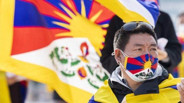 藏人流亡政府主席洛桑桑蓋:「我們早晚都會重新得到尊嚴」 - BBC News 中文