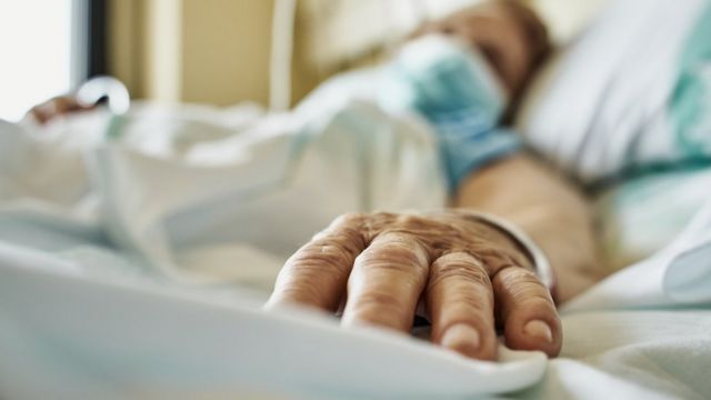 Enfermo en hospital