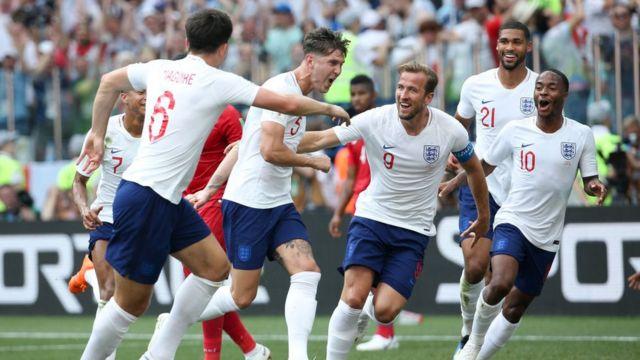2018世界杯:英格蘭6-1大勝巴拿馬晉級16強 - BBC News 中文