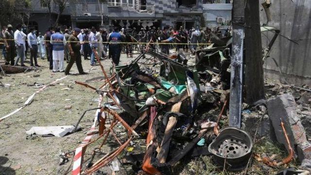 اسی دوران لاہور میں حافظ سعید کے گھر کے قریب دھماکہ ہوا