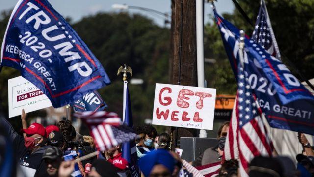 Seguidores de Trump le muestran su apoyo