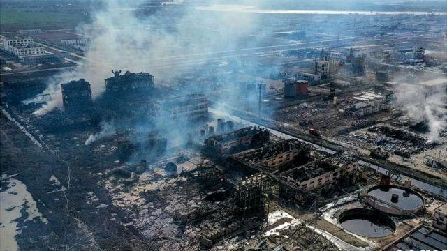 中國江蘇化工廠爆炸死亡失蹤已近百人。河水大氣污染引擔憂 - BBC News 中文