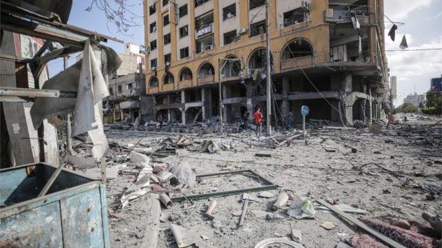 İsrail'in hava saldırısı düzenlediği bina