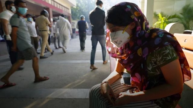 Patients and their relatives in India are suffering due to overcrowding in hospitals.