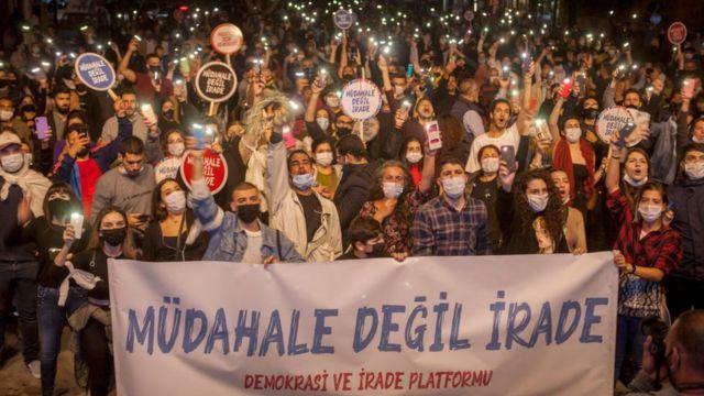 Kuzey Kıbrıs'ta sivil toplum örgütleri, Ankara'nın adaya yönelik yaklaşımına tepki gösteriyor.
