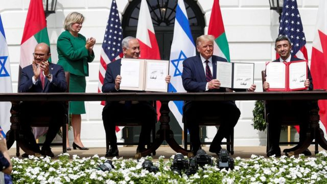 High-level delegations from Israel and the UAE signed a historic peace agreement led by the United States at the White House on September 15, and the UAE and Israel officially established diplomatic relations.
