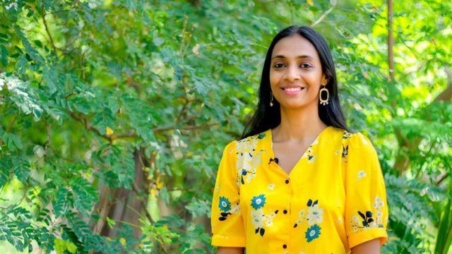 Pallavi Barnwal in yellos dress