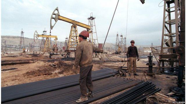Oil workers in Azerbaijan