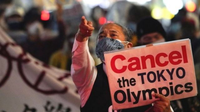 ياباني يرفض إقامة الأولمبياد