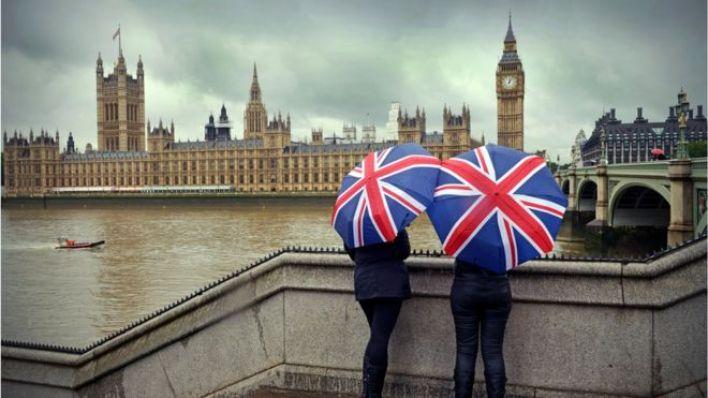 İngiltere 23 Haziran 2016'da yapılan referandumda AB'den ayrılmaya karar verdi