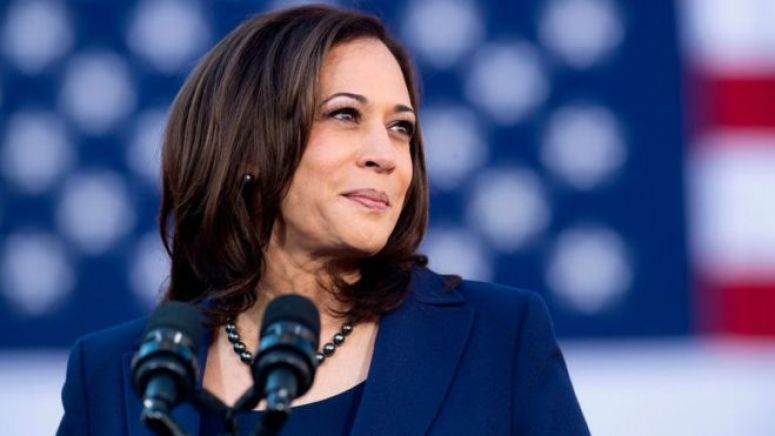 加州参议员卡玛拉·哈里斯