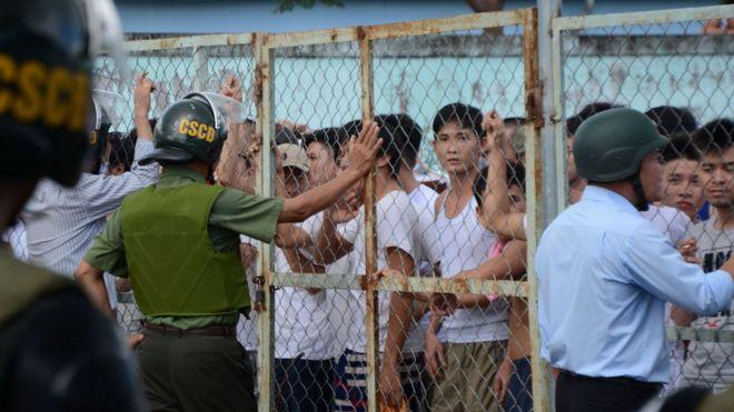 Bộ trưởng Bộ Lao động - Thương binh và Xã hội Việt Nam Đào Ngọc Dung đang ở Đồng Nai để tìm hiểu nguyên nhân.