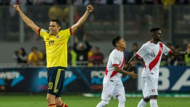 Jugadores de Colombia y Perú