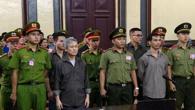 Image result for 5 thành viên nhóm Liên Minh Tự Quyết bị
