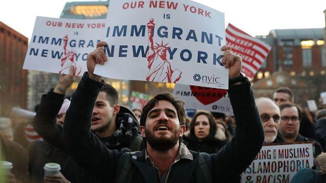 Resultado de imagem para imagens sobre trump e a imigração