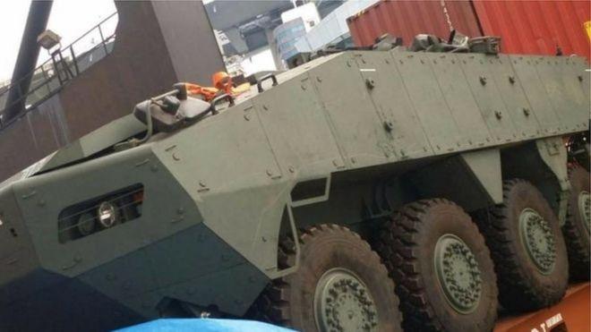 Singapore có thể phải làm việc với bộ Ngoại giao Trung quốc để lấy lại lô xe tăng bọc thép