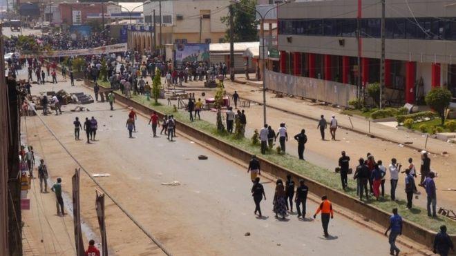 Demonstrators in Bamenda
