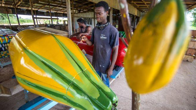 تابوت على هيئة نبات الكاكاو