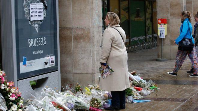 Homenagem a vítimas dos ataques na estação de metrô Maelbeek, em Bruxelas