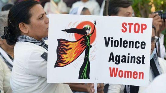 Bildergebnis für India Woman Set on Fire by 'Molesters' Critical