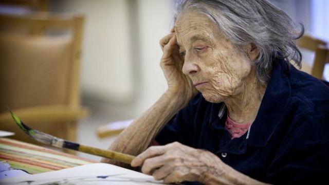 Pfizer, Alzheimer ilacı araştırmasını sonlandırdı