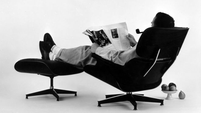 charles eames lounge chair small swivel chairs with arms the modelled on a baseball mitt bbc news in he and his wife ray designed