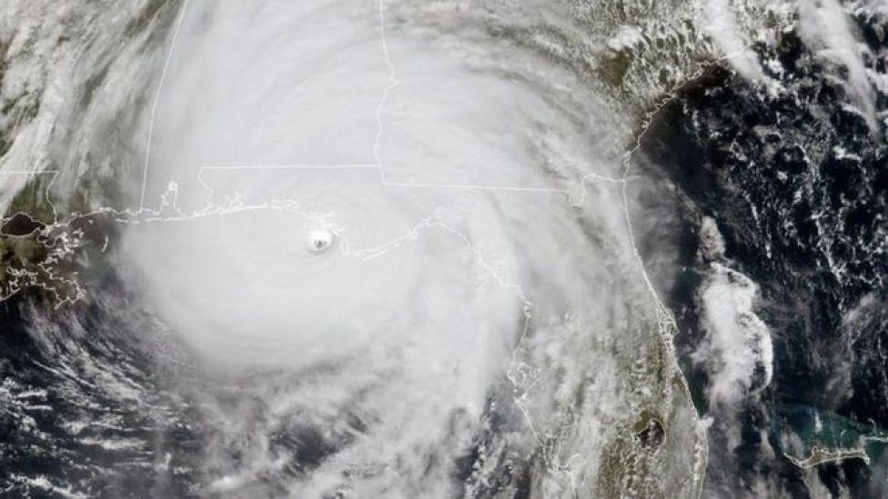 الإعصار مايكل بالأقمار الصناعية