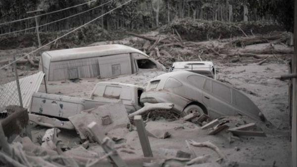 La aldea de San Miguel de Los Lotes, en la que viven unas 400 personas, quedó totalmente arrasada por la lava y las cenizas.
