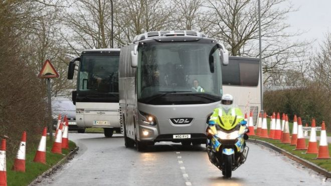 Evacuees arrive at Kents Hill Park Training and Conference Centre