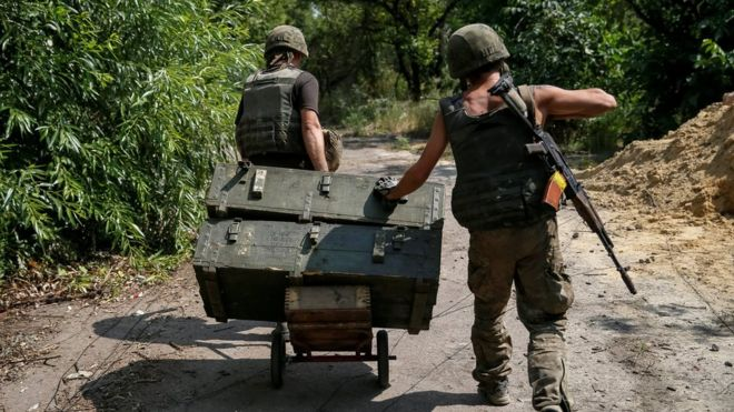 Ukrainian soldiers in Avdiyivka, eastern Ukraine, 10 August