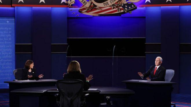 من المناظرة بين المرشحين لمنصب نائب الرئيس الأمريكي في انتخابات 2020، الجمهوري مايك بنس، والديمقراطية كامالا هاريس