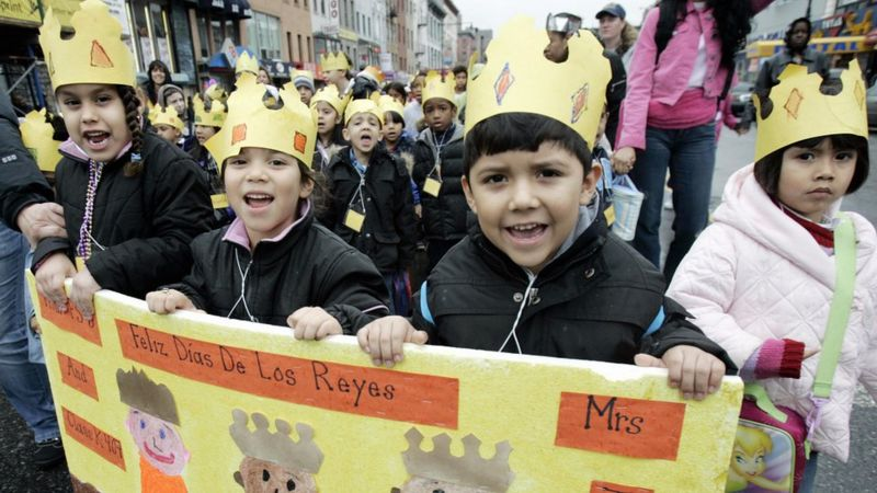 Children celebrate the Dia de los Reyes in New York