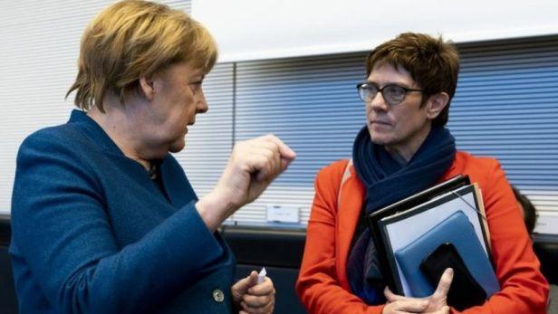 German Chancellor Angela Merkel (left) and CPU leader Annegret Kramp-Karrenbauer. Photo: February 2019