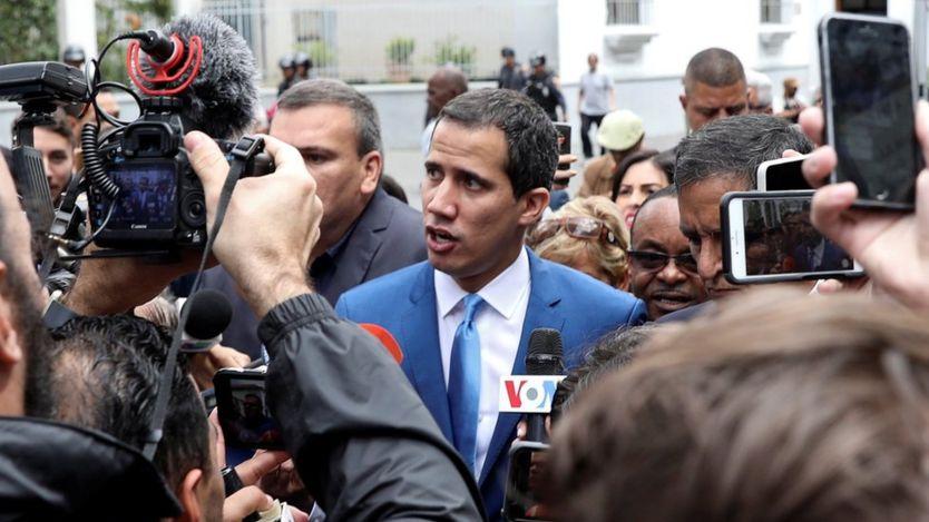 Juan Guaidó speaking to reporters
