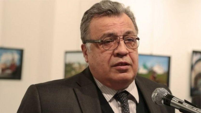 Ông Andrei Karlov làm Đại sứ Nga tại Ankara từ 2013