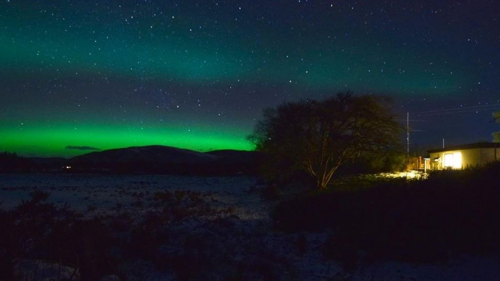 aurora borealis lights up